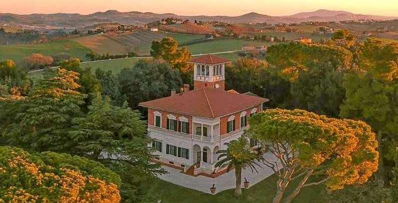 Villa per matrimoni Location Marche eventi affitto Filottrano Gentiloni feste cerimonie party Filottrano Ancona Macerata
