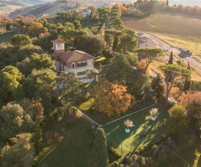 Villa per matrimoni Location Marche eventi affitto Filottrano Gentiloni feste parco aperto giardino